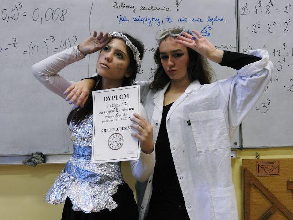 Klasa A: BIOLOGICZNO - CHEMICZNO - MATEMATYCZNA